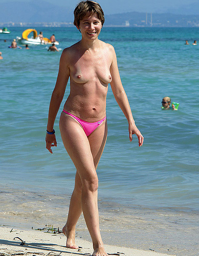 Topless Wife Beach